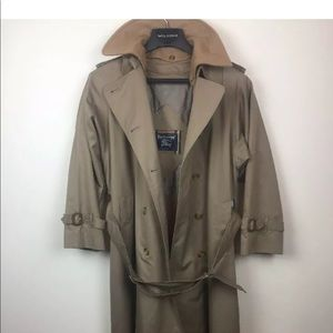 Treach coat
